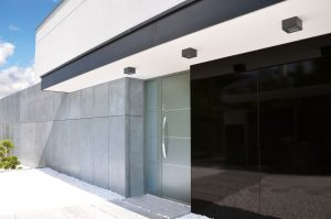 AT410 Aluminium entrance doors